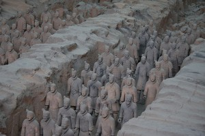 800px-Terracotta_Army_Pit_1_-_2